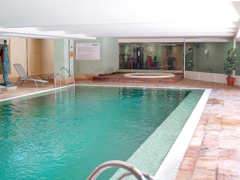 Las_Salinas-Indoor_pool3.jpg