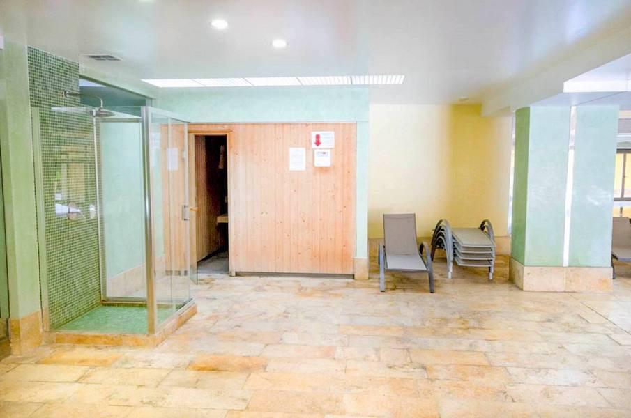 Las_Salinas-Sauna.jpg