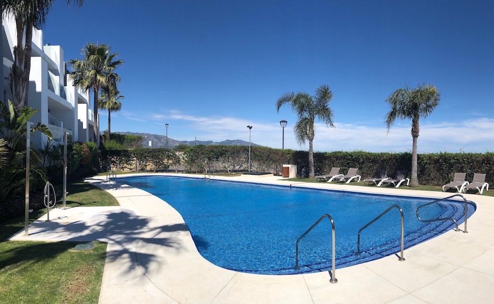 Los_Cortijos24181-Pool2.jpg