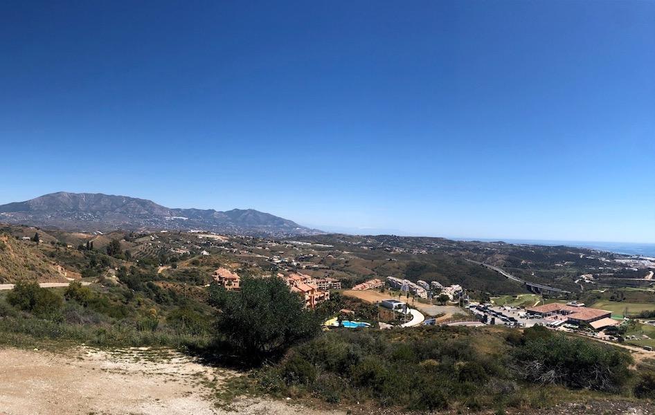 Los_Cortijos24181-Side_view.jpg