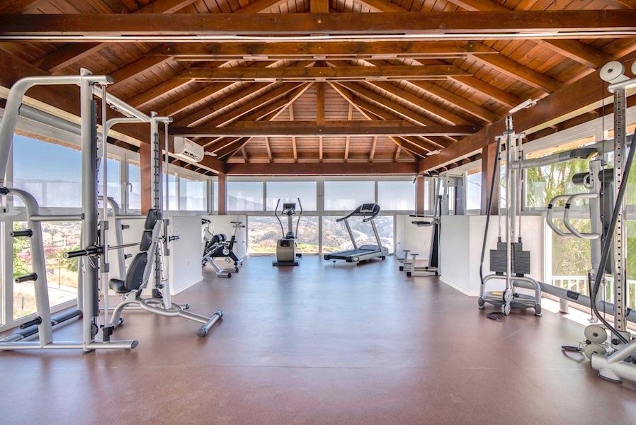 Los_Cortijos_175-Gym.jpg