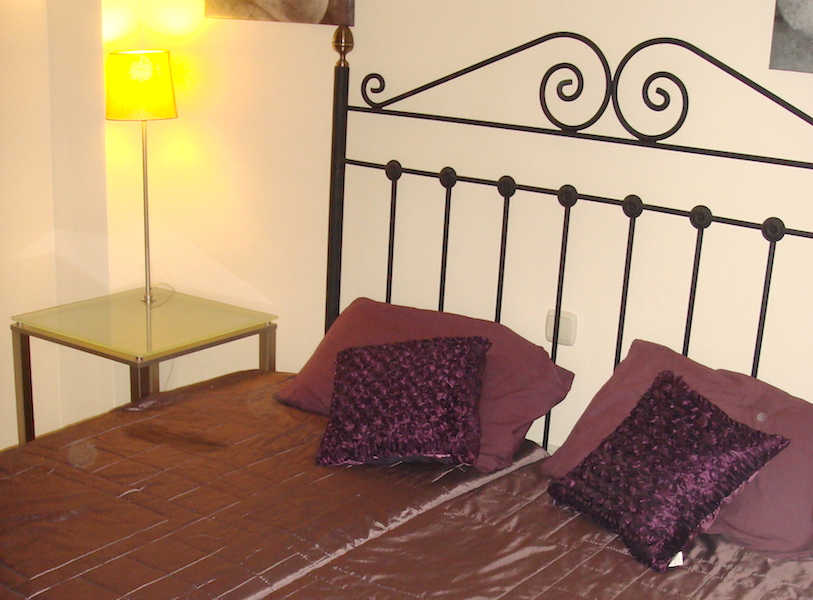 Los_Patios-Bedroom_2.jpg