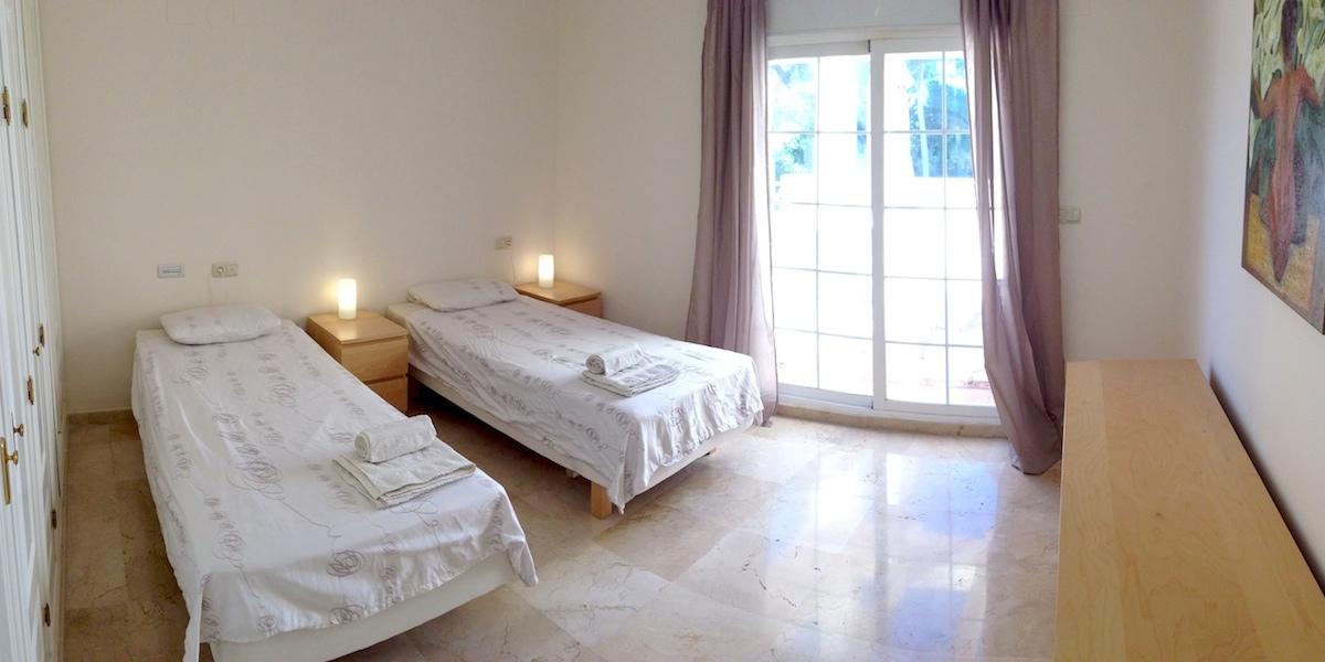 Rio_Real-bedroom.jpg