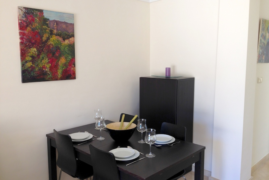Rio_Real-dining_area.jpg