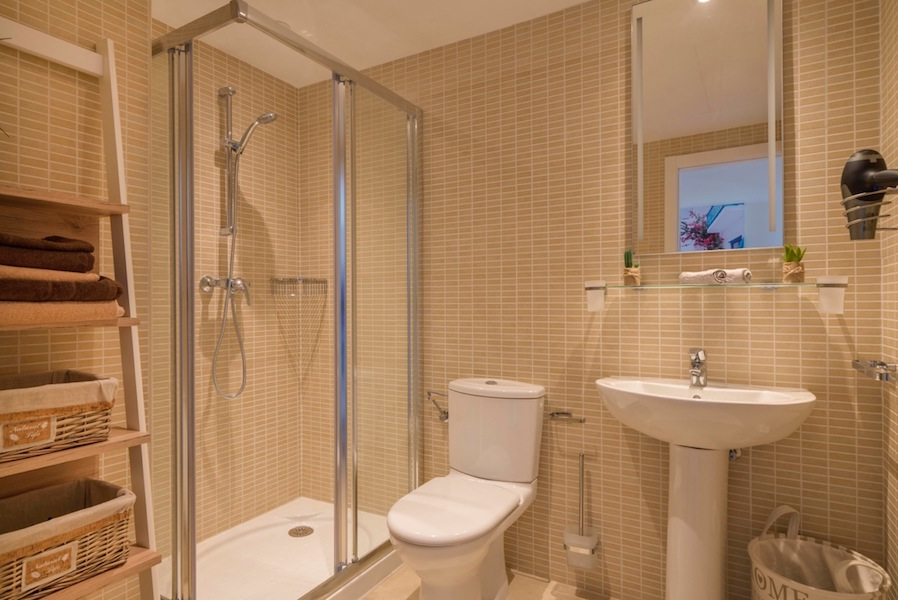 The_Suites_320-Bathroom.jpg
