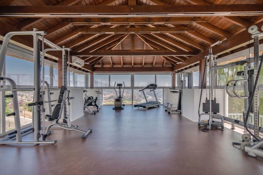 The_Suites_320-Gym.jpg