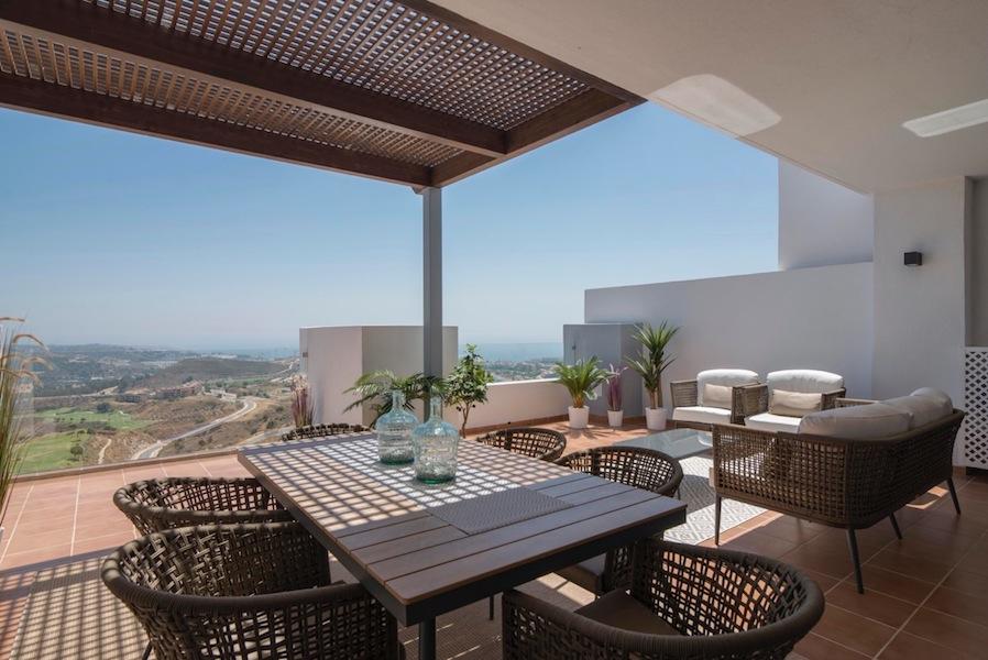 The_Suites_320-Terrace.jpg