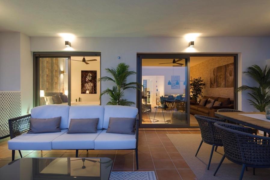 The_Suites_320-Terrace8.jpg