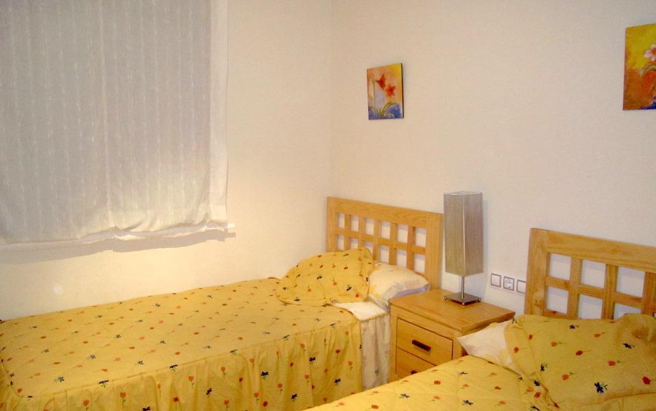 hercesaCalanova-bedroom_2.jpg