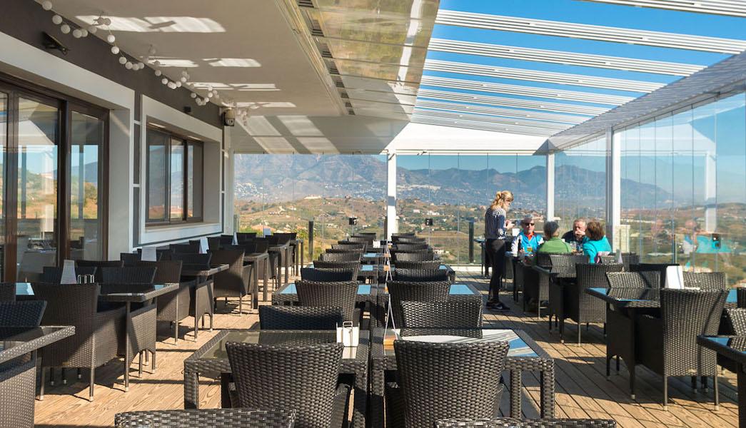hercesaCalanova-clubhouse_terrace2.jpg