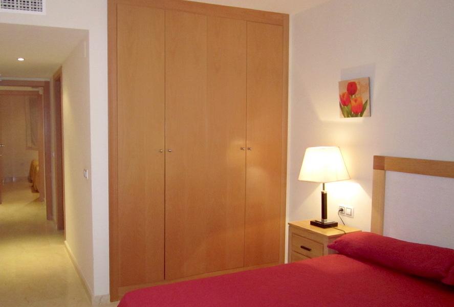 hercesaCalanova-master_bedroom.jpg