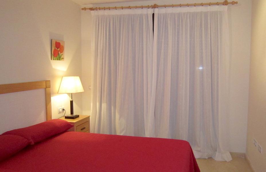 hercesaCalanova-master_bedroom2.jpg